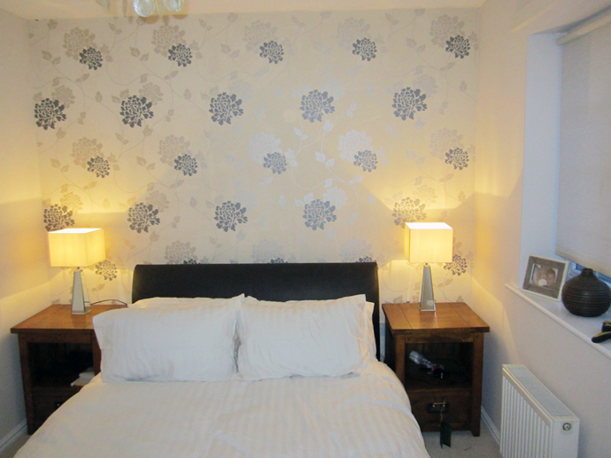 Bedroom: Finished Walls &amp; Wallper