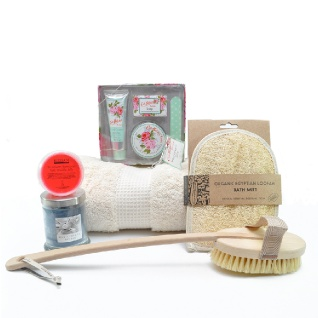 Indulgence Bath & Bubble Valentine Gift Set