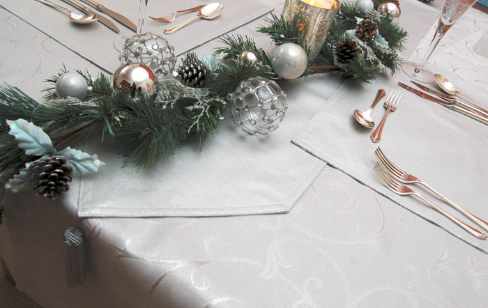 Silver Swirl and Glamour Table Arrangement