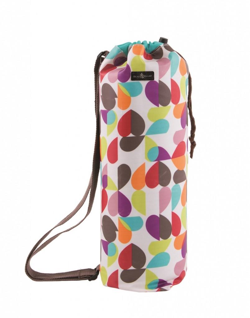 summer-love-picnic-blanket-in-duffle-bag